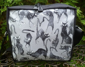Black Cat shoulder bag, zippered cross body bag, medium sized, Sebastian Ghastlie, The Raccoon