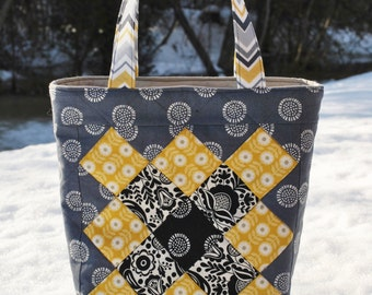 Patchwork Tote Bag PATTERN, Mini Charm friendly, Sophie Jane Bag