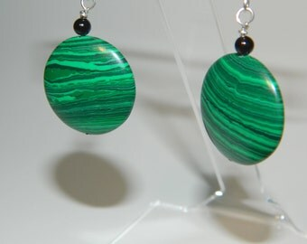 Green and black malachite and onyx earring