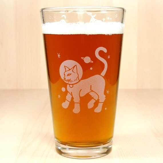 Astronaut Cat Beer Glass - sci fi kitty