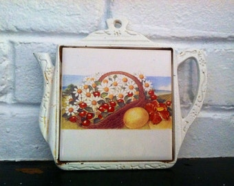 Vintage Shabby Chic Beachy Trivet Teapot Tile Daisys Gift epsteam White Yellow Sale