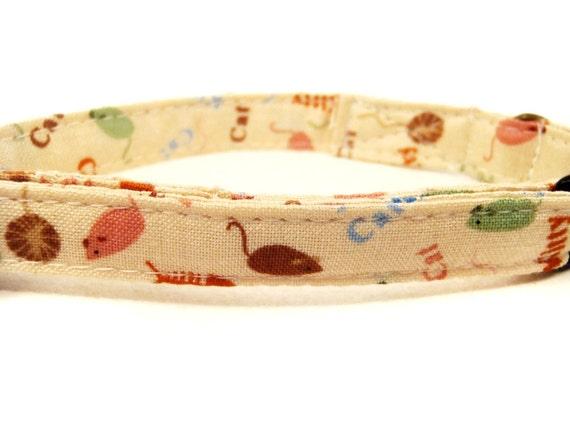 Here Kitty Kitty - Organic Cotton CAT Collar Yarn Fishbones - All Antique Brass Hardware