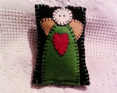 Primitive Folk Art Angel Felt Pillow Tuck or Pinkeep Pincushion, penny rug pillow CYBERFAAP2015