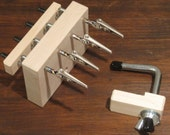 Maple Quad End Fringe Twister for rope or fringes with table clamp