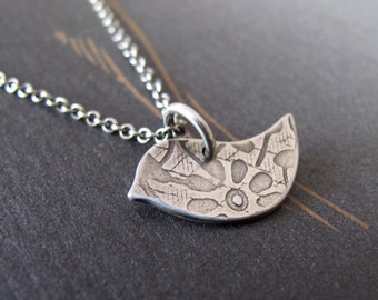 Tiny Littlebird - sterling silver peace dove - patterned bird necklace