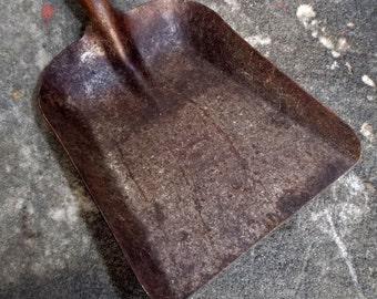 Vintage Metal Pail Shovel
