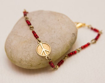 Peace sign charm bracelet, red beaded bracelet, peace sign jewelry, boho chic fashion, bohemian jewelry, teen fashion, boho style bracelet