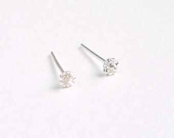 2.5 mm - Tiny Clear Crystal Rhinestone Cartilage Ear Studs- 925 Sterling Silver Earrings - Cartilage Earring Second Hole Earrings