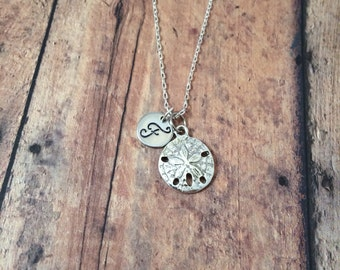 Sand dollar initial necklace - beach necklace, seashell necklace, sand dollar jewelry, ocean jewelry, silver sand dollar necklace