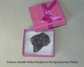 Pet Lover Gift / Custom Dog Pin / Needle Felted Portrait of Your Pet / example Bouvier des Flandres