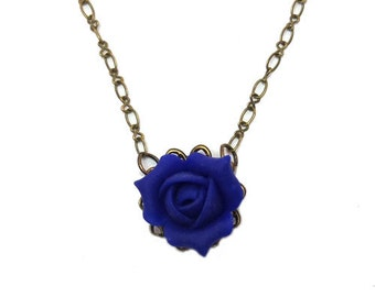 Vintage Style Rosebud Necklace - Rosebud Jewelry, Flower Filigree Necklace