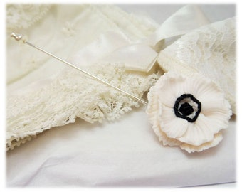 White Anemone Flower Brooch or Stick Pin - Anemone Jewelry, Anemone Flowers