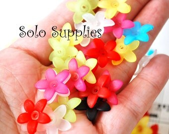 100 Pc 16mm Wide Flattened Frosted Flower Beads