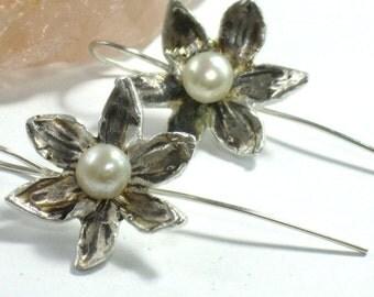 Silver Pearl Earrings, June Birthstone Earrings, Pearl Earrings, Flower Pearl Earrings, Bridal Earrings, Pearl Jewelry,Sterling Silver Pearl