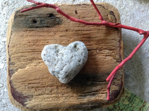 STONE HEARTS...8 natural undrilled beach stones,organic supplies,love rocks,wedding token,zen