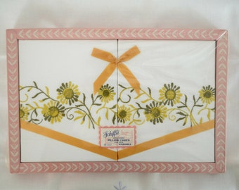 Gold and Avocado Green Daisies Embroidered Pillow Cases Vintage 60s 70s New In Box