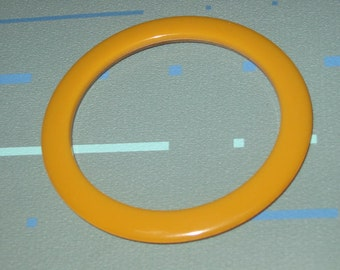 Vintage MOD Mustard Yellow Bakelite and Wood Laminated Bangle Bracelet