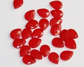 100 pcs of  Acrylic faceted tearddrops 10x7mm Red