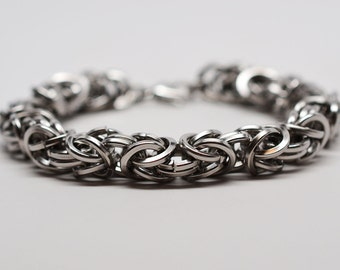Men's 14 gauge chunky SQUARE byzantine chainmaille stainless steel bracelet