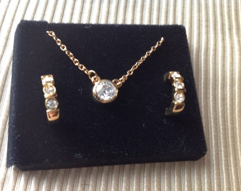 Vintage Avon New in Box Goldtone Necklace and Pierced Earrings Anniversary Gift Set