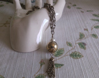 Pearl Ball and Dangle Necklace