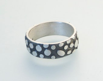 Sterling Silver Pebbles Ring - R70