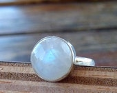 Moonstone ring, Stone ring, Silver ring, Rainbow ring, 925 sterling Silver ring ,Moonstone Silver ring, stone ring,Moonstone jewelry
