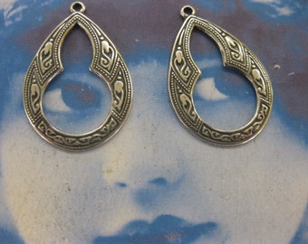 Silver Ox Plated Brass Small Celtic Hoops 1117SOX x2