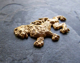 Vintage Brass Rampant Lion Stamping Bead Pendant-Royal Arms Of Scotland-1 Bead