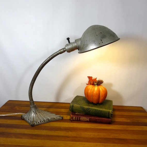 Vintage Industrial Goose Neck, Desk Lamp, Silver Diamond, cast iron base 1920s,  gooseneck Antique