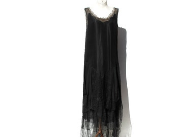 20's Black Chiffon and Lace Flapper Party Dress