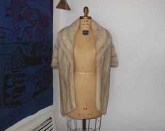 1950s fur stole / Silver Screen / Vintage Fur / 50's Mink Stole Pockets