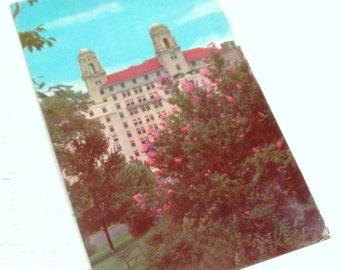 1950's Postcard, Arlington Hotel, Hot Springs, Arkansas, 3 cent Purple Stamp  (417-14)