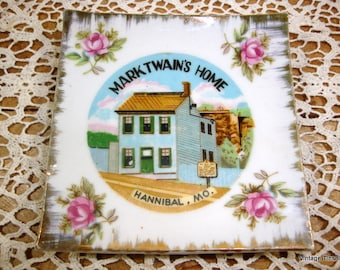Vintage Mark Twain's Home Decorative Souvenir Plate, Small, Square, Hannibal, Missouri, Pink Roses (924-14)