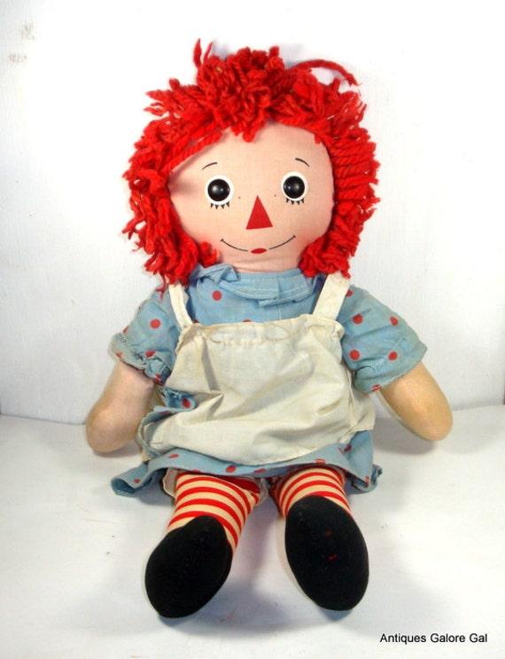 Vintage Raggedy Ann Doll, Rag Doll, Heart Says I Love You  (657-13)