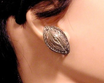 Vintage Pre World War ll Woven Wire Leaf Shaped Earrings (J60)