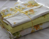 Mixed Pretty Yellow Floral Vintage Twin Sheet Set