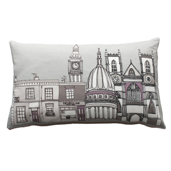 London Skyline Pillow by Helena Carrington // Click through for a curated selection of handmade gifts for architecture lovers!