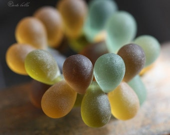 BEACH GLASS DRIPS .. 25 Premium Czech Glass Drop Beads 6x9mm (3701-st)