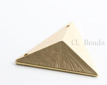 2pcs Matte 16K Gold Plated Base Metal Pendant - Triangle 25x7mm (132C-Q-75)