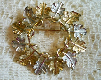 SALE! Vintage 1960s Sarah Coventry Garland Leaf Brooch