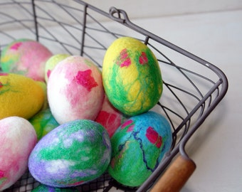 Felted Easter eggs/ Hand Felted Easter decoration/  Bright  Spring Easter Eggs/ Pink, Yellow,Blue, Purple Easter Eggs