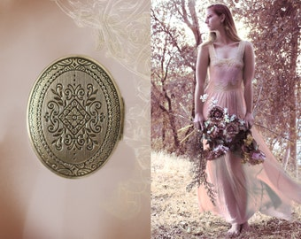 Lyra Solid Perfume Mini Compact - Romantic and Feminine, For Her - A Victorian Inspired Keepsake - Vintage Inspired Chic - Travel Case