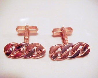 Vintage gold tone Chain Design Cuff Links