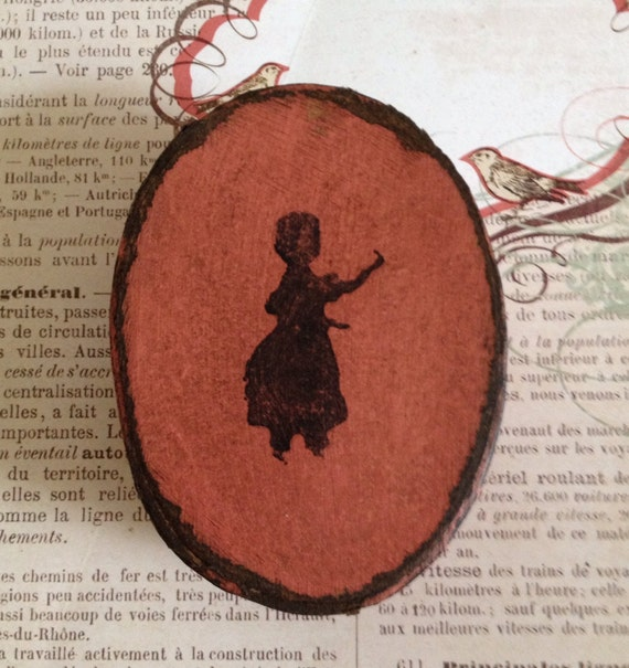 Colonial Baby Girl Silhouette