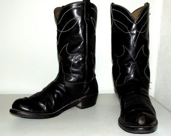 Vintage Black  Cowboy boots size 10.5 D or cowgirl size 12 -Western rockabilly - biker fashion
