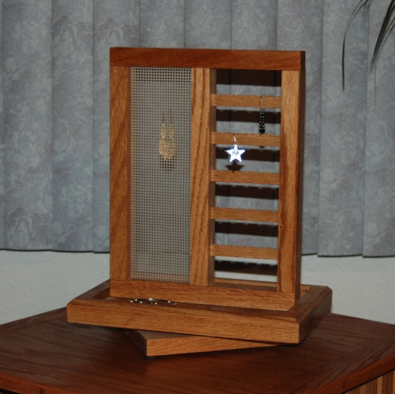 Earring And Jewelry Display Stand Solid Oak With Lazy Susan