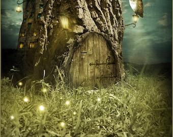 Owl tree house - magic wood fairy - 27 x 20 cm original illustration print