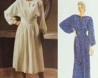 Evening Dress Pattern Vogue American Designers 1390 Albert Nipon Size 12 and size 14, Bust 34 and 36 Flowing skirt Long sleeves Button cuffs
