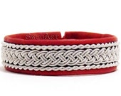 "SwedArt B05 Classic Lapland Sami Leather Bracelet, Antler Button1/2"" Wide Red MEDIUM"